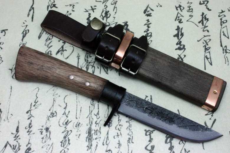 Japanese Traditional Field Knife Kanetsune Blue Steel Damascus 15 Layer Shun-2lg